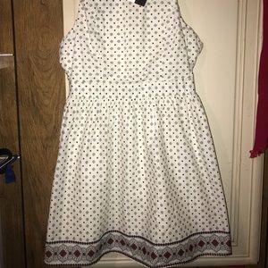 En Creme dress, NWT